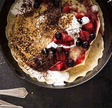 Crepes with Berries & Yoghurt
